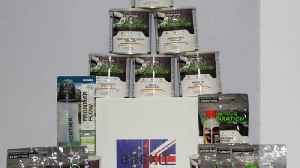 Nervous Brits stockpile food with 'Brexit box' during uncertainty [Video]