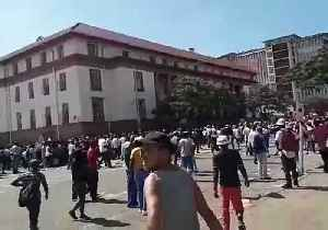 #ShutDownZimbabwe Protesters March in Bulawayo Against Fuel Price Hikes [Video]