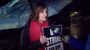Los Angeles teachers strike for higher pay [Video]