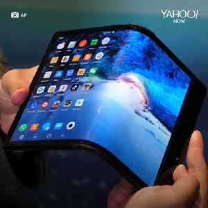 The world's first foldable smartphone is glass-free [Video]