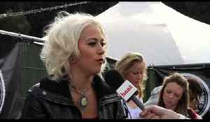Amelia Lily wants to go on a date with Justin Bieber? [Video]