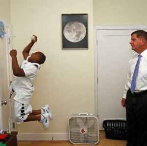 Mayor Walsh wants slam dunk contest rematch [Video]
