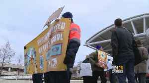 News video: BWI Workers Rally To Protest Shutdown In Solidarity With TSA Workers