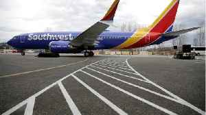Southwest Announces Unheard-of Deal For Credit Cards [Video]
