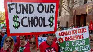 LA Mayor Offers To Mediate Talks To End Teachers Strike [Video]