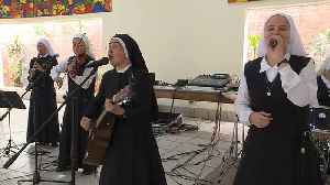 Rock and roll nuns hope to make the Pope dance in Panama [Video]