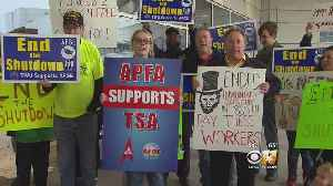 TSA Workers Stage 'Shutdown' Rally At DFW Airport [Video]