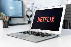 Netflix Tumbles after Reporting Mixed Earnings and Revenue [Video]