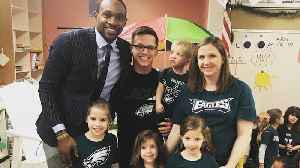 Alshon Jeffery surprises class of girl who wrote letter [Video]