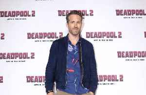 Ryan Reynolds jokes about dating Betty White [Video]
