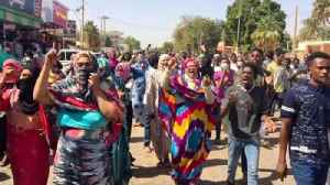 Thousands of protesters gather in Sudan overnight to overthrow regime [Video]