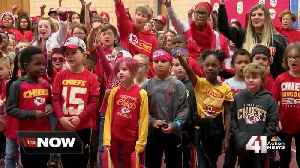 Local elementary school gets in on Chiefs betting action [Video]