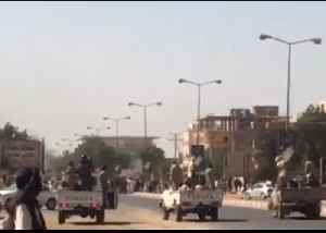 Convoy of Militants Fires Guns to Disperse Protesters at Khartoum Hospital [Video]