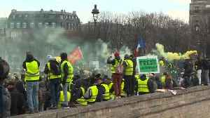 News video: Yellow vests stage tenth Saturday of protest