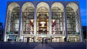 The Met Is Offering Free Tickets To Employees Affected By The Gov. Shutdown [Video]