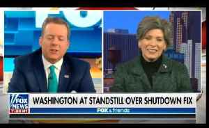 Joni Ernst proposes legislation to stop members of congress from hightailing out of town [Video]