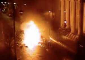 CCTV Footage Shows Car Bomb Explosion Outside Londonderry Courthouse [Video]