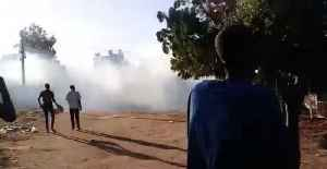 Sudanese Protesters Encounter Tear Gas During March [Video]