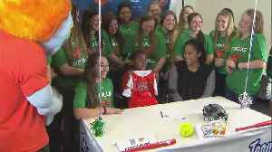 Young Cancer Patient Signed To UT Dallas Softball Team [Video]