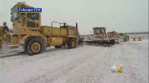 Video Captures Plow Dumping Snow Onto Car, Shattering Windshield [Video]
