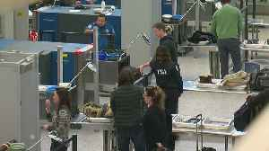 MSP Records Longest Wait Lines In Country, TSA Agents Continue Without Pay [Video]