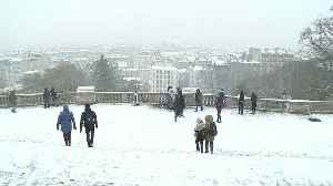 Paris turns white in first snowfall of the season [Video]