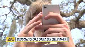 Florida leaders to discuss changes to Florida teacher licensing examSarasota Schools could ban students from having cell phones [Video]