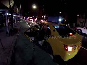 Touching moment cyclist helps an elderly stranger get out of New York taxi [Video]
