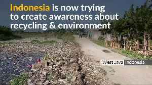 Indonesia battles plastic pollution in toxic river [Video]