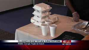 Houston County Restaurant provides free meal to Macon Regional Airport TSA workers during gov shut d [Video]