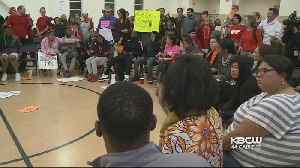 Parents and Teachers Demand Emergency Delay of Oakland School Closures [Video]