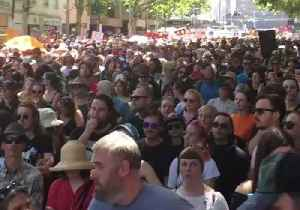 Invasion Day Rally Shuts Down Melbourne City Streets [Video]