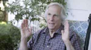 Happy days are here again for Henry Winkler [Video]