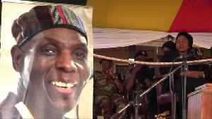 Zimbabwean music icon Mtukudzi buried [Video]