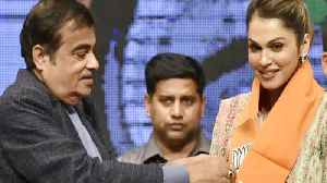 Isha Koppikar joins BJP to head Women Transport Wing | Oneindia News [Video]