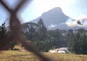 Helicopters Gather Water To Battle Cape Town Fire [Video]