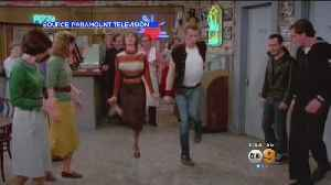 Co-stars, Fans Remember Penny Marshall At 'Laverne & Shirley' Marathon [Video]