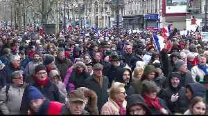 France: 'Red scarves' march against 'Yellow vests' to protest violence [Video]
