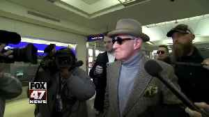 Roger Stone is expected to plead not guilty in court appearance [Video]
