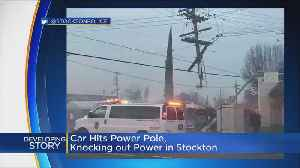 Car Crash Takes Out Traffic Signal, Power Pole In Stockton [Video]