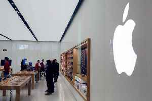 Apple Jumps After Beating Revised First-Quarter Earnings Forecast [Video]