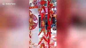 Huge variety of decorations being sold in run-up to Chinese New Year [Video]
