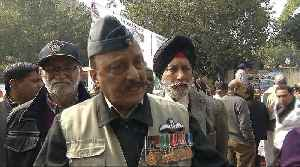 India: Thousands of ex-army members protest unpaid pensions [Video]