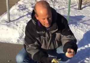 South Dakota Forecasters Use Bananas to Show Importance of Wrapping Up in Cold [Video]