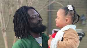 Video of South Carolina Girl and Homeless Man Singing Together Goes Viral [Video]