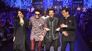 Anil Kapoor, Ranveer Singh have a dance party on the Lakme Fashion Week ramp! [Video]