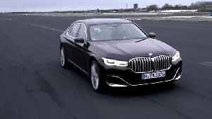 The Plug-in Hybrid models of the new BMW 7 Series [Video]