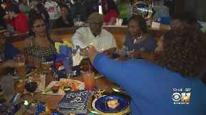 Thousands Watch Super Bowl At Texas Live! In Arlington [Video]