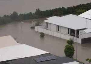 Hundreds of Queensland Homes Flooded as Heavy Rain Forces Opening of Dam Floodgates [Video]
