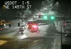 Snow Leads to Collisions, Spin-Outs on Washington State Roads [Video]